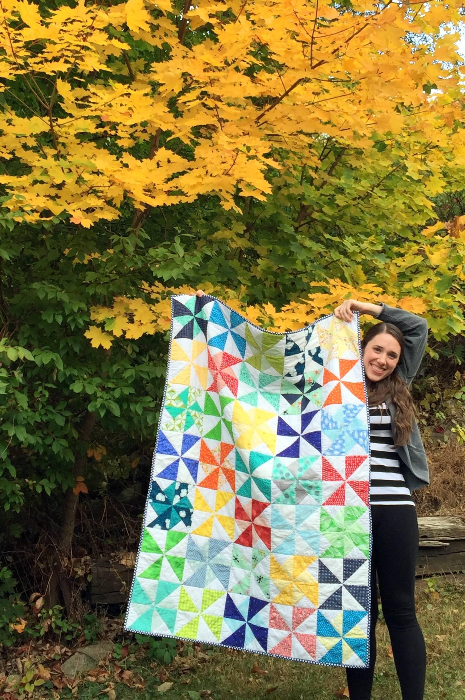 pinwheel quilt block    mostlysewing.com