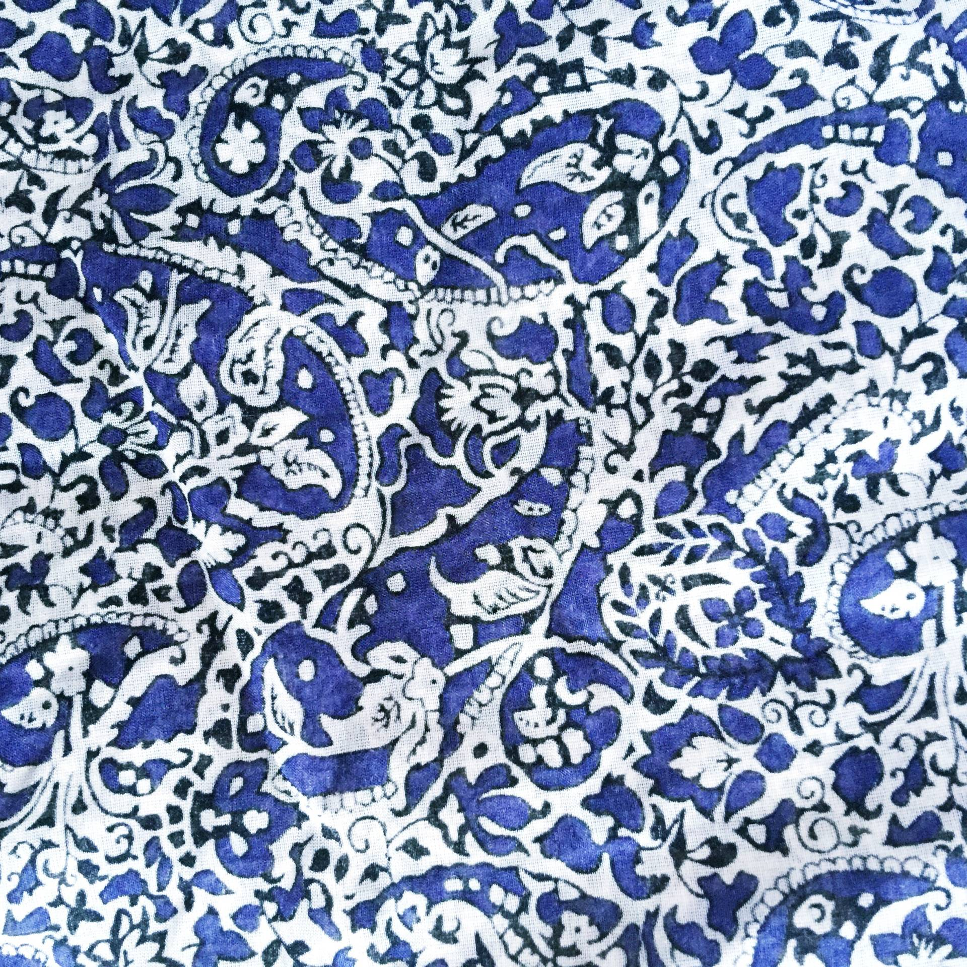 Liberty of London navy paisley! in love!