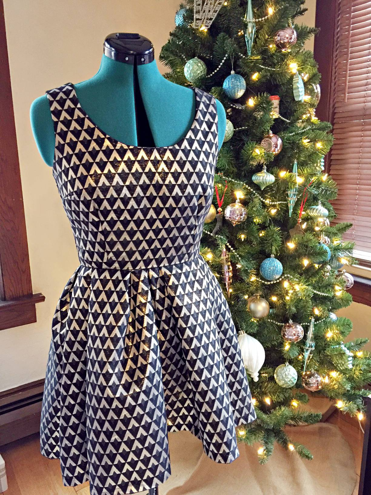 Simplicity 1873 by Mostly Sewing for a Christmas Even party dress